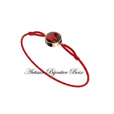 bracelet fil rouge et or 18 carats serti grenat catalan